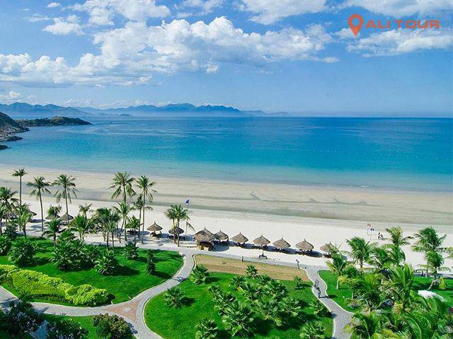 Du khách khi đi tham quan Nha Trang sẽ được tham quan nhiều điểm du lịch vô cùng hấp dẫn
