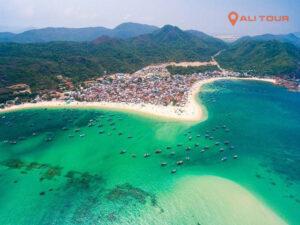 Quy Nhơn là một trong các địa điểm du lịch hấp dẫn nhất tại Việt Nam