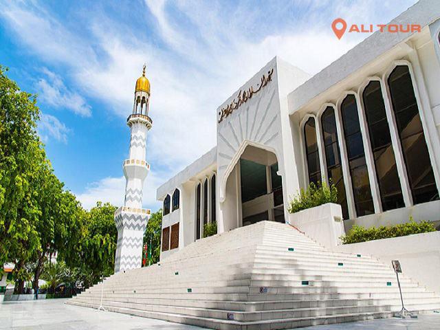Nhà Thờ Hồi Giáo Islamic Centre trong Tour Maldives 4 ngày 3 đêm từ Thành phố Hồ Chí Minh