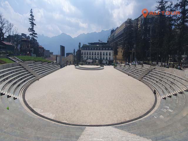 Quảng trường trung tâm thị trấn SaPa